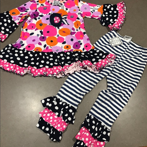 other Other - Matching set MIs-Tee-V-Us sz 4/5